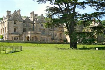 Dumbleton Hall - a beautiful Cotswolds wedding venue
